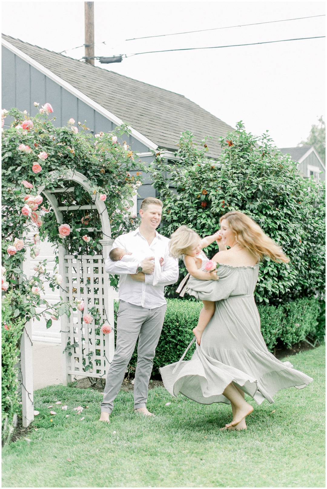 Newport_Beach_Newborn_Light_Airy_Natural_Photographer_Newport_Beach_Photographer_Orange_County_Family_Photographer_Cori_Kleckner_Photography_Newport_Beach_Photographer_Blaire_Baker_Brett_Baker_Caroline_Baker__3927.jpg