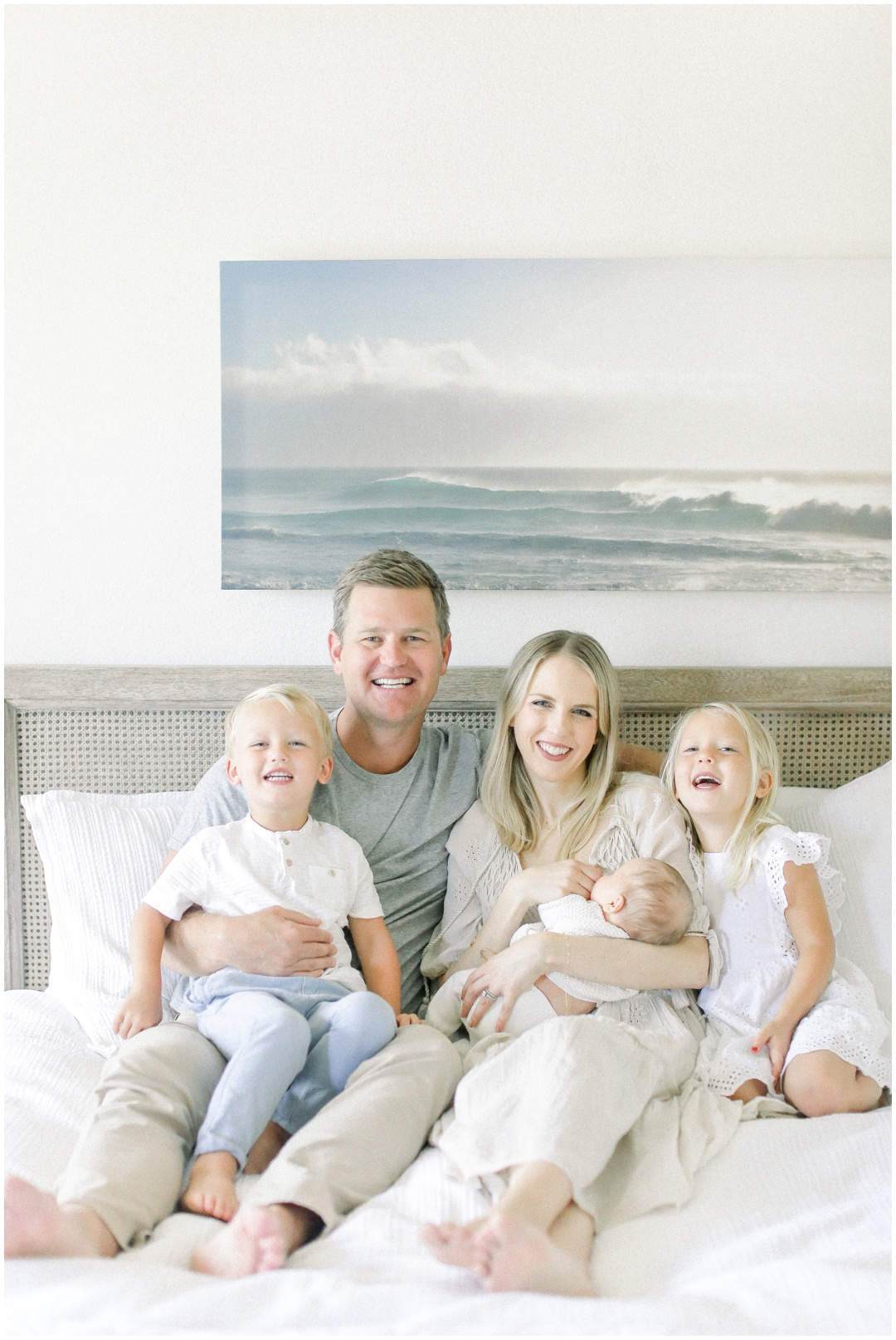 Newport_Beach_Newborn_Light_Airy_Natural_Photographer_Newport_Beach_Photographer_Orange_County_Family_Photographer_Cori_Kleckner_Photography_Newport_Beach_Photographer_Courtney_Roach__4101.jpg