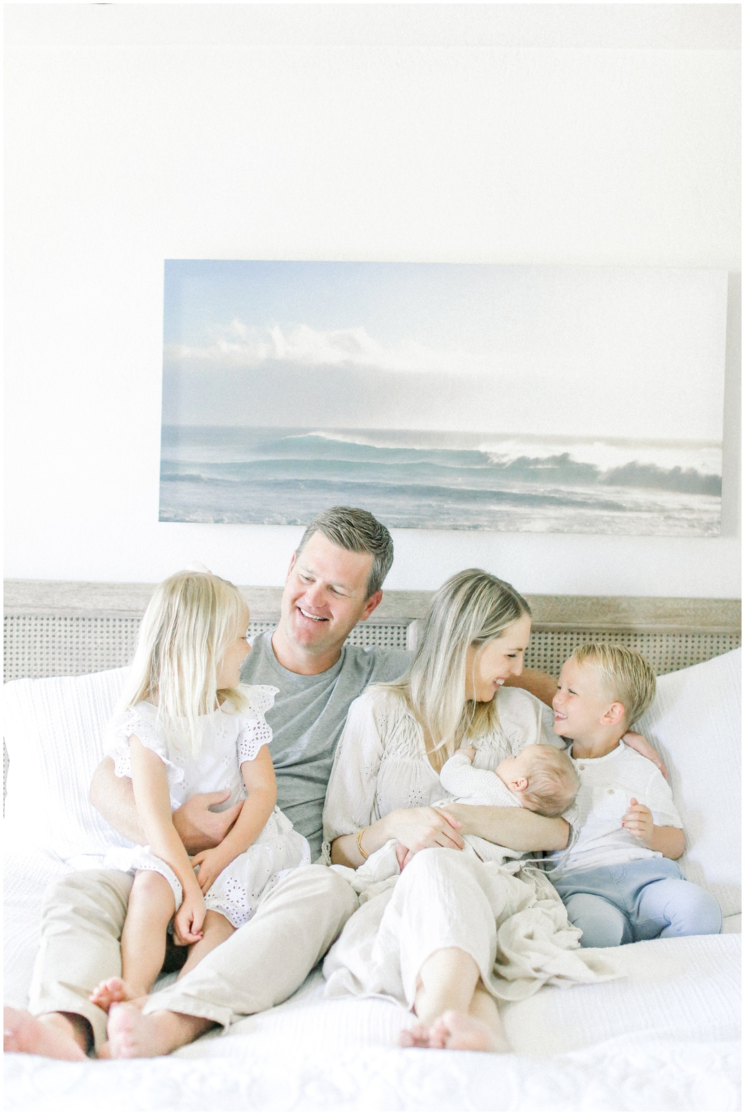 Newport_Beach_Newborn_Light_Airy_Natural_Photographer_Newport_Beach_Photographer_Orange_County_Family_Photographer_Cori_Kleckner_Photography_Newport_Beach_Photographer_Courtney_Roach__4081.jpg