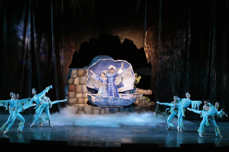 """A scene from """"Kapatid ng Tatlong Maria"""", choreographed by Ballet Manila Artistic Director LIsa Macuja Elizalde."""
