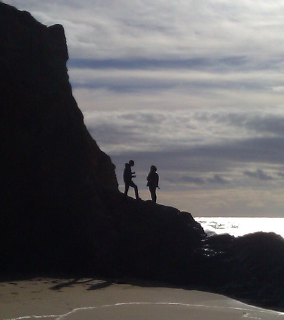 Kate (KIDmob) and Aaron (Sproutel) taking advantage of the incredible location of BIF2013 in Half Moon Bay.