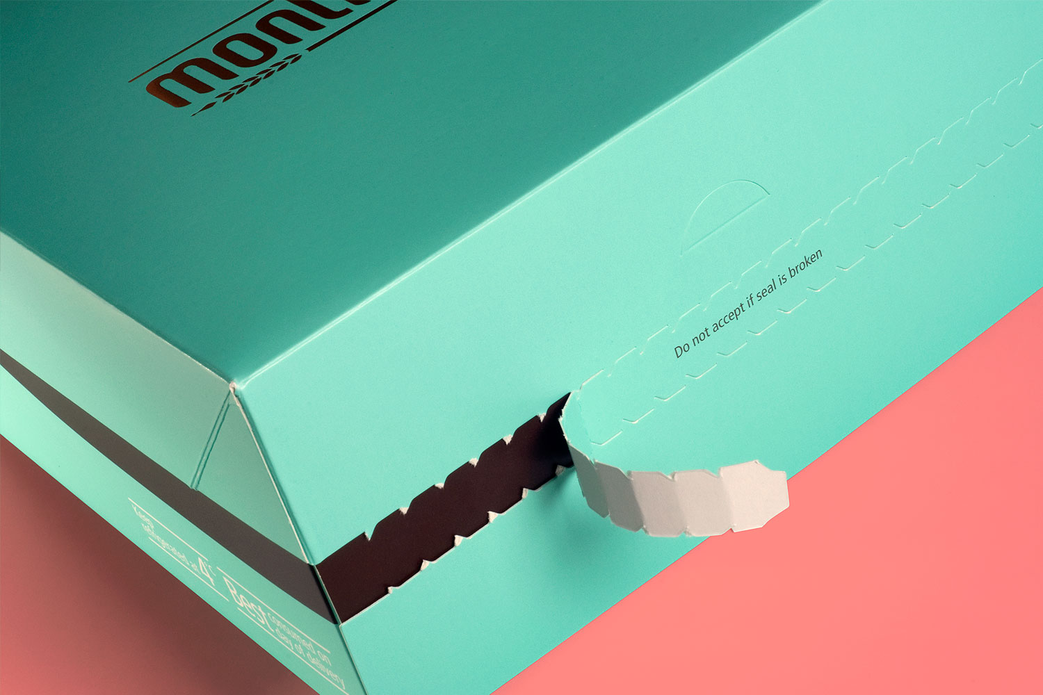Montreux Café SG branding identity design - Pastry and cake packaging with freshness seal design by Singapore based brand strategy and creative design consultancy, BÜRO UFHO.