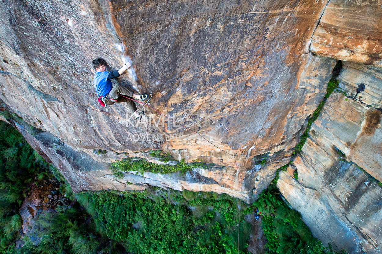 Zac Vertrees on Dead End project, Devils Hole, Blue Mountains