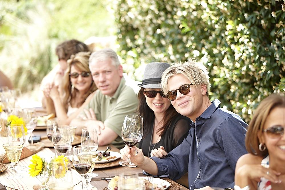 Brian & Michelle with VIPs at gargiulo vineyards