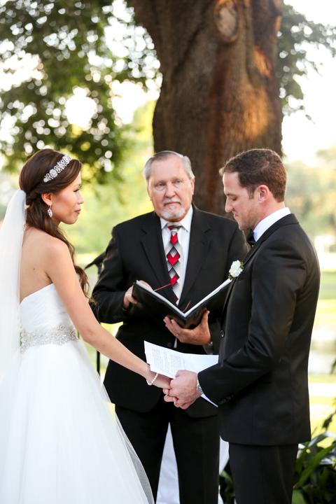 Wedding-photography-videography-orlando-winter-park-civic-center-Hanh-Derek-20.jpg
