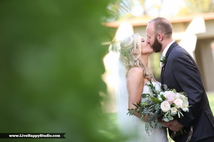 www,livehappystudio.com-orlando-wedding-photography-st-margaret-mary-catholic-church-18.jpg