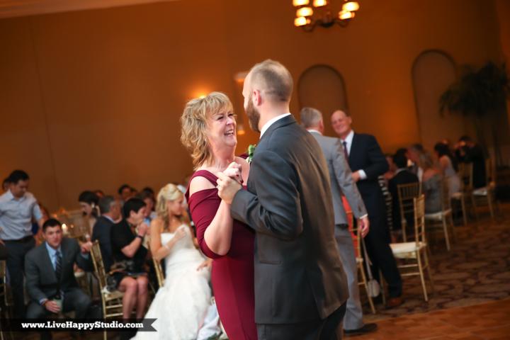 www,livehappystudio.com-orlando-wedding-photography-st-margaret-mary-catholic-church-31.jpg