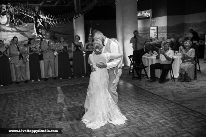 www.livehappystudio.com-orlando-wedding-photography-orlando-science-center-24-bride-groom-choreography.jpg