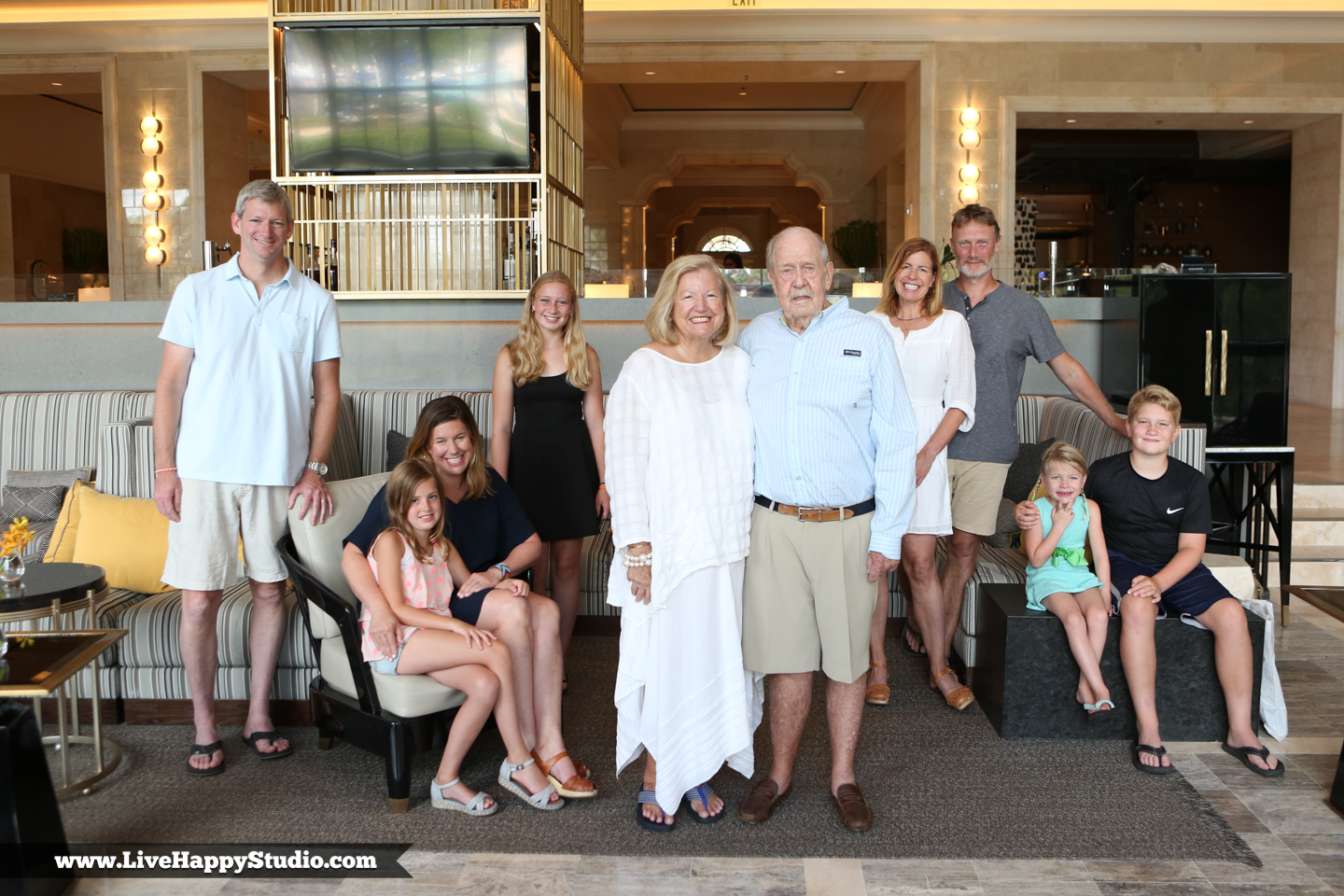 Roy-family-photography-orlando-ritz-grand-lakes-www.livehappystudio.com-19.jpg