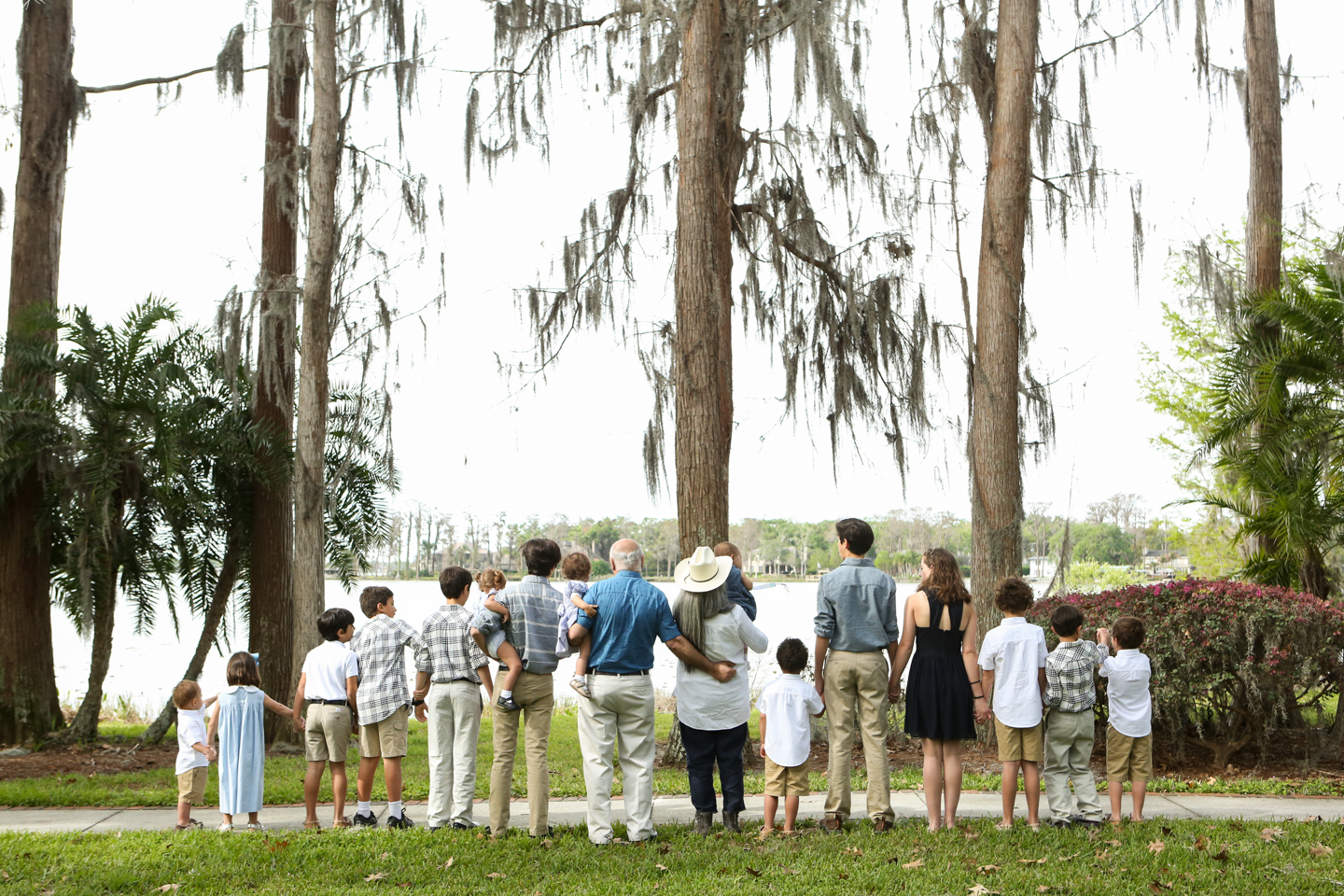 www.livehappystudio.com-family-photographer-orlando-fun-candid-portrait-extended-cypress-grove-estate-house-park-20.jpg