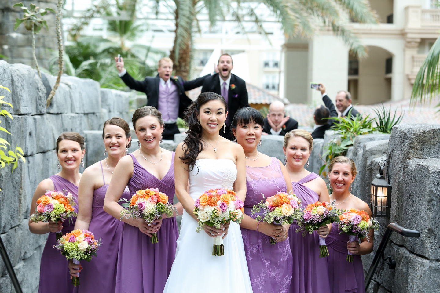 www.livehappystudio.com-wedding-photographer-orlando-fun-candid-portrait-silly-photobomb-bridesmaids-6.jpg