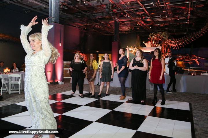 www.livehappystudio-orlando-science-center-wedding-photography-33.jpg