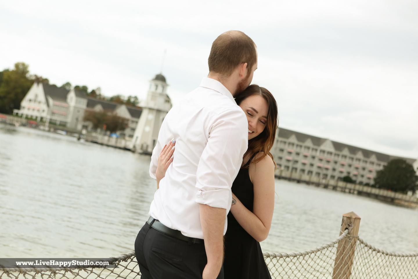 engagement-photographer-orlando-disney-photography-live-happy-studio-17.jpg