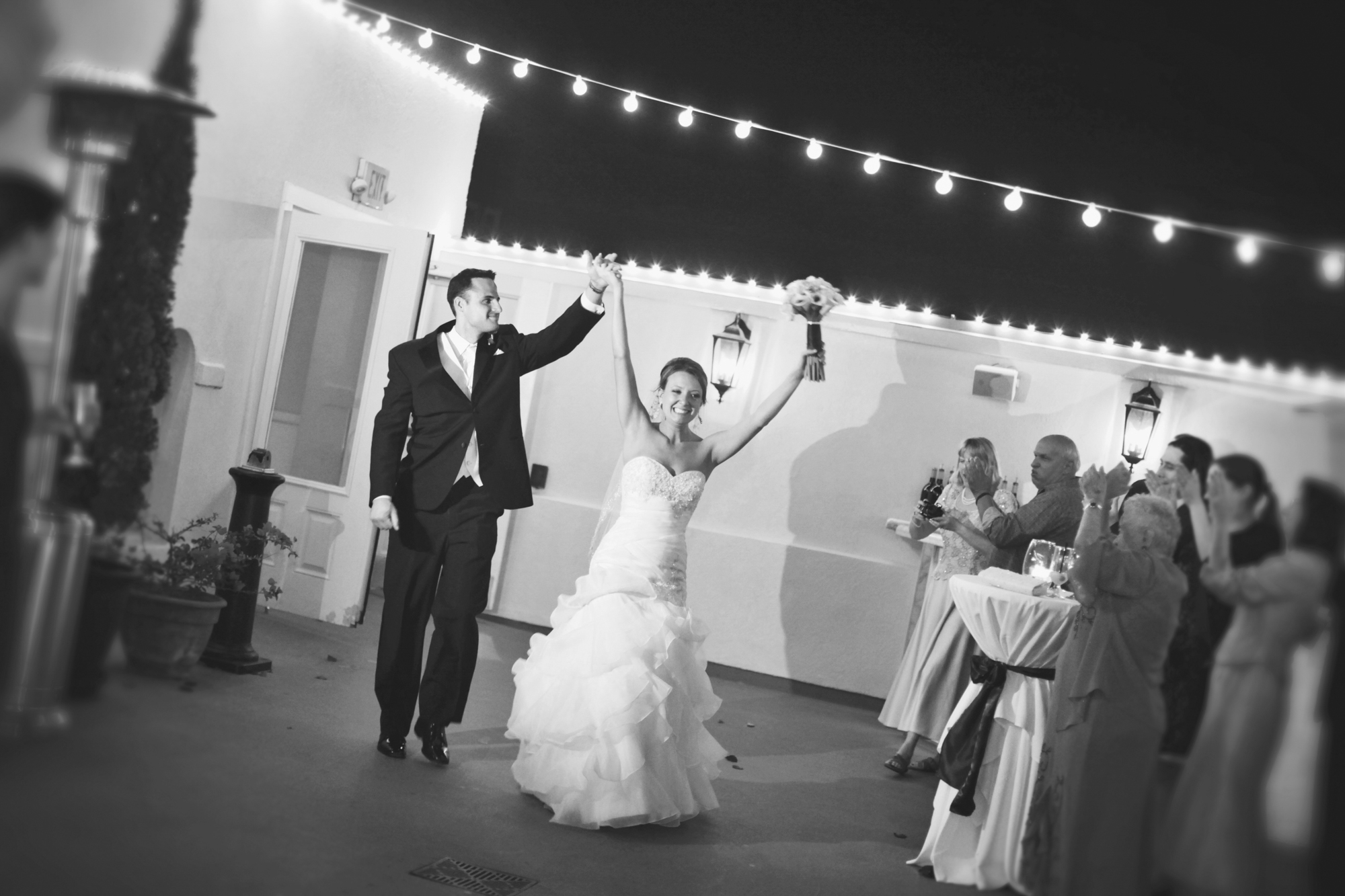 www.livehappystudio.com-intimtate-destination-orlando-wedding-photography-bride-groom-introduction-2.jpg