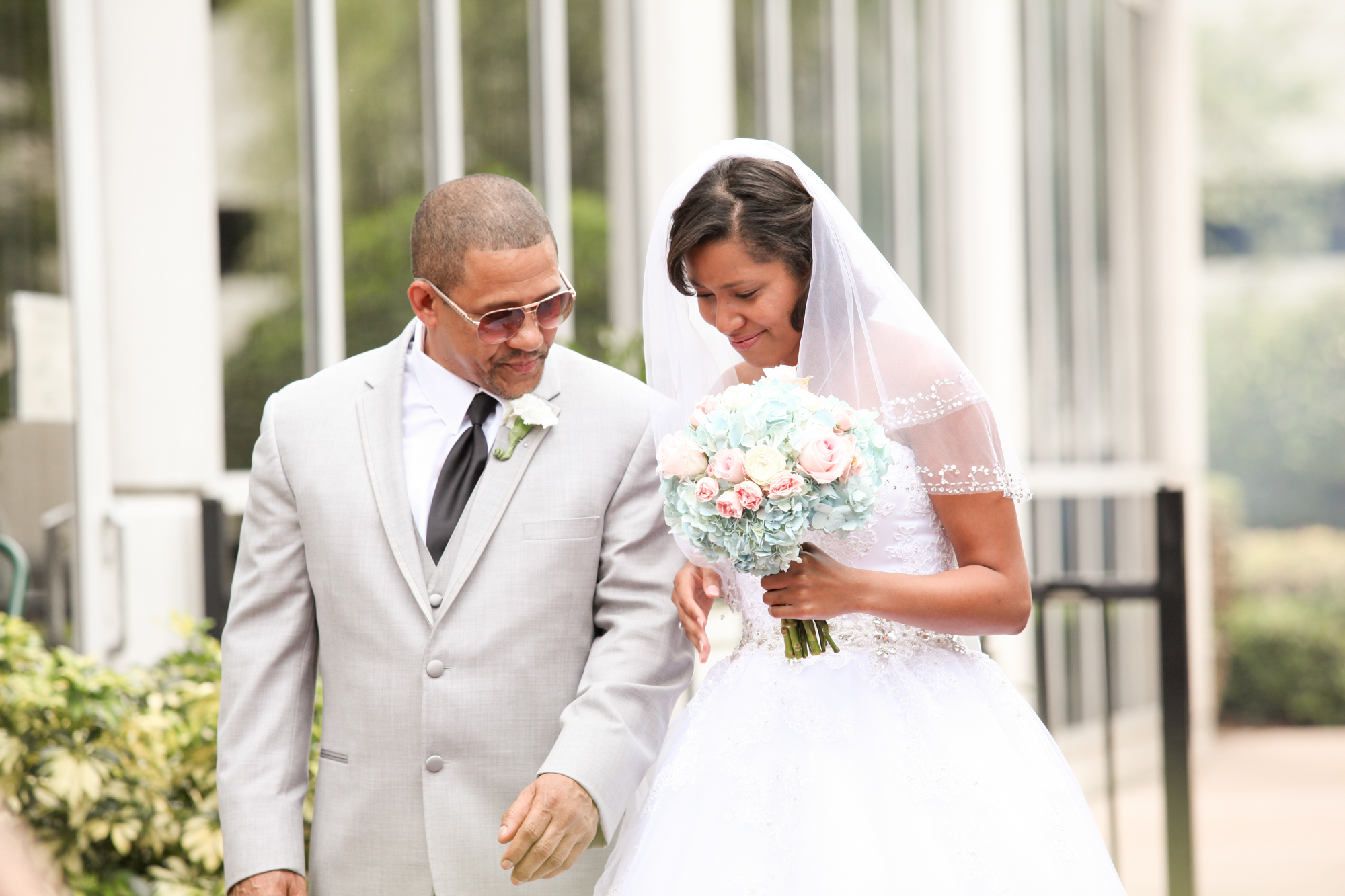www.livehappystudio.com-intimtate-destination-orlando-wedding-photography-dad-daughter-34.jpg