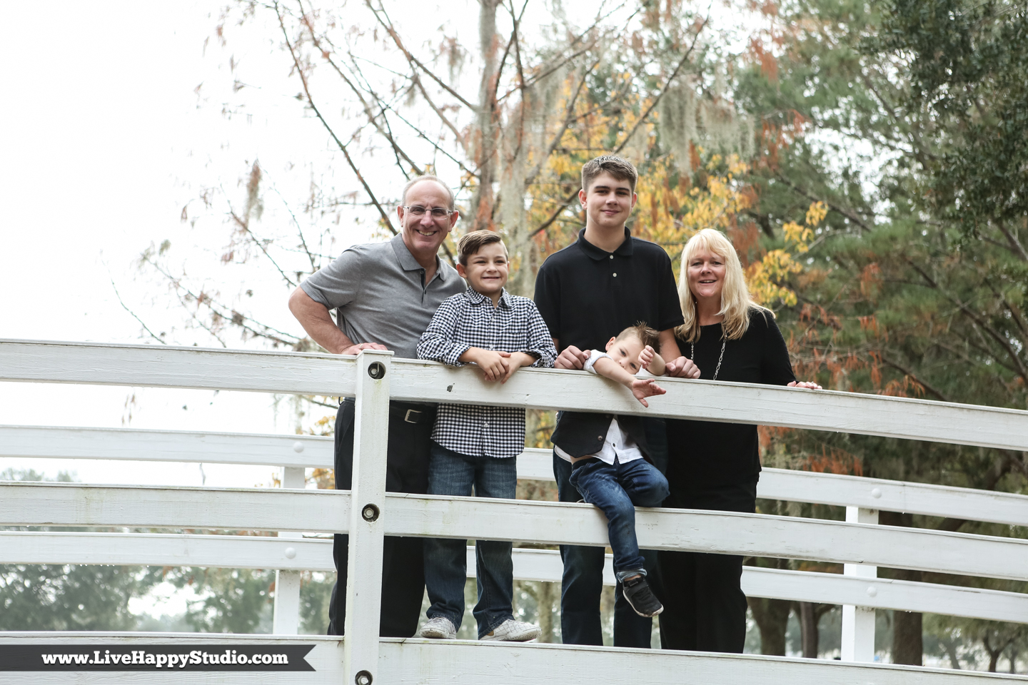 www.livehappystudio.com-family-session-photography-orlando--15.jpg