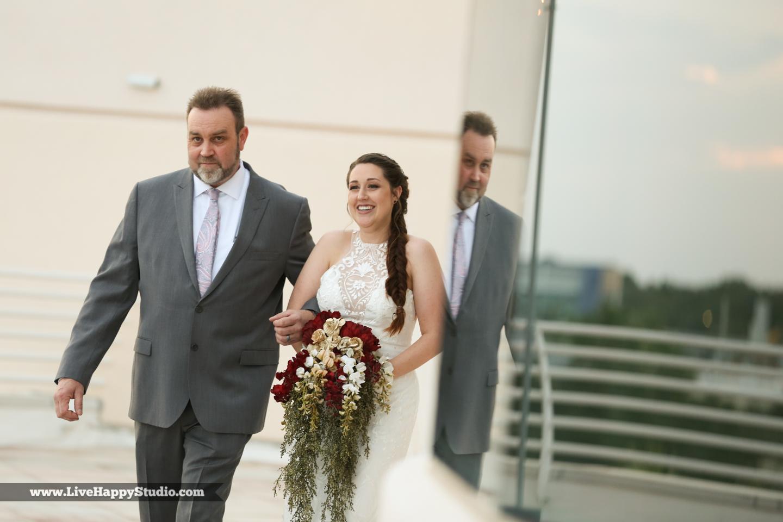 olando-science-center-wedding-photography-central-florida-quirky-dinosaurs-8.jpg