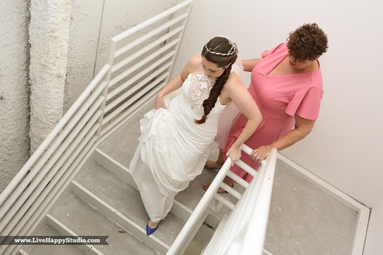olando-science-center-wedding-photography-central-florida-quirky-dinosaurs-7.jpg