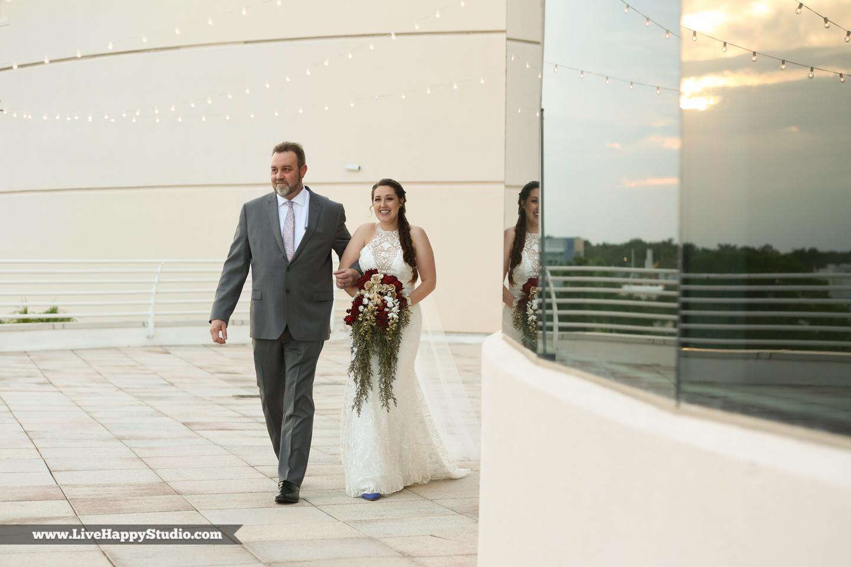 olando-science-center-wedding-photography-central-florida-quirky-dinosaurs-9.jpg