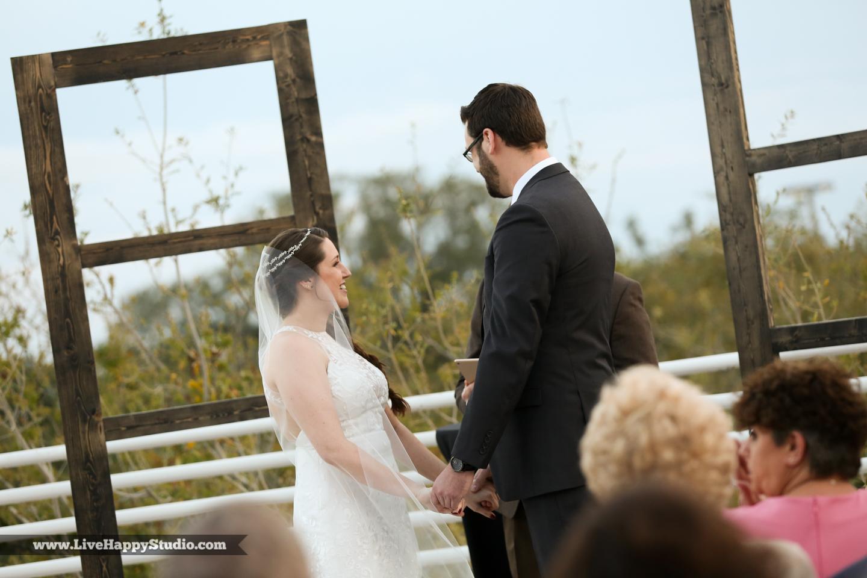 olando-science-center-wedding-photography-central-florida-quirky-dinosaurs-10.jpg