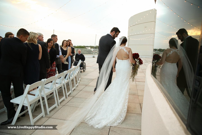 olando-science-center-wedding-photography-central-florida-quirky-dinosaurs-13.jpg