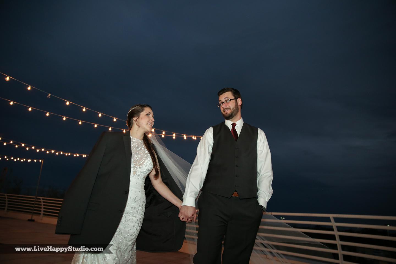 olando-science-center-wedding-photography-central-florida-quirky-dinosaurs-18.jpg