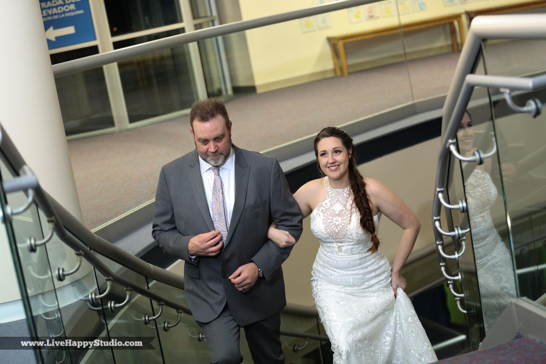 olando-science-center-wedding-photography-central-florida-quirky-dinosaurs-20.jpg