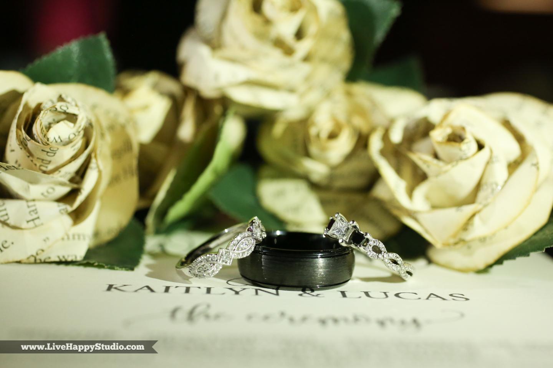olando-science-center-wedding-photography-central-florida-quirky-dinosaurs-30.jpg