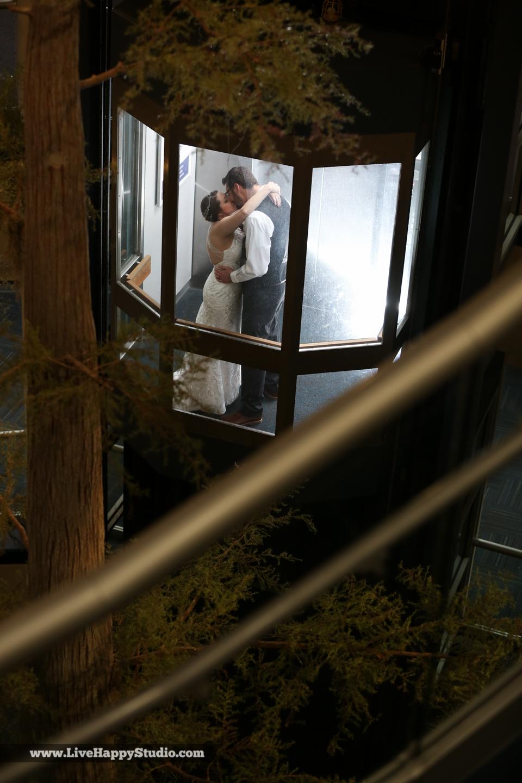 olando-science-center-wedding-photography-central-florida-quirky-dinosaurs-36.jpg