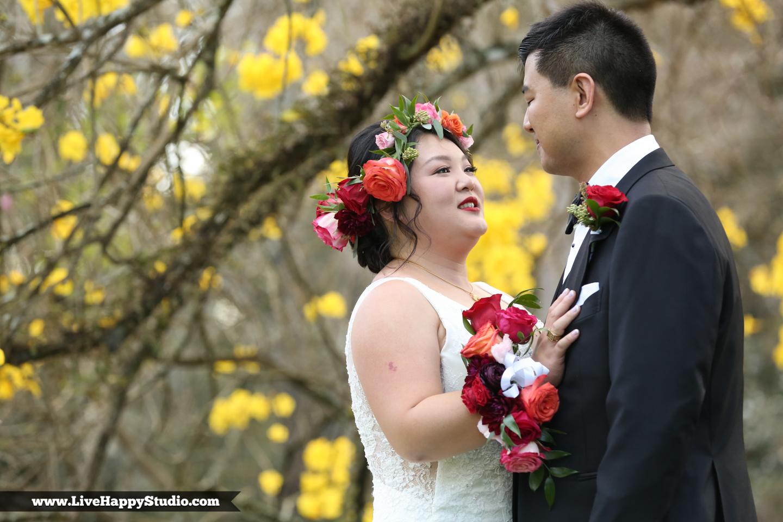www.livehappystudio.com-leu-gardens-orlando-science-center-museum-wedding-photography-photographer-candid-4.jpg