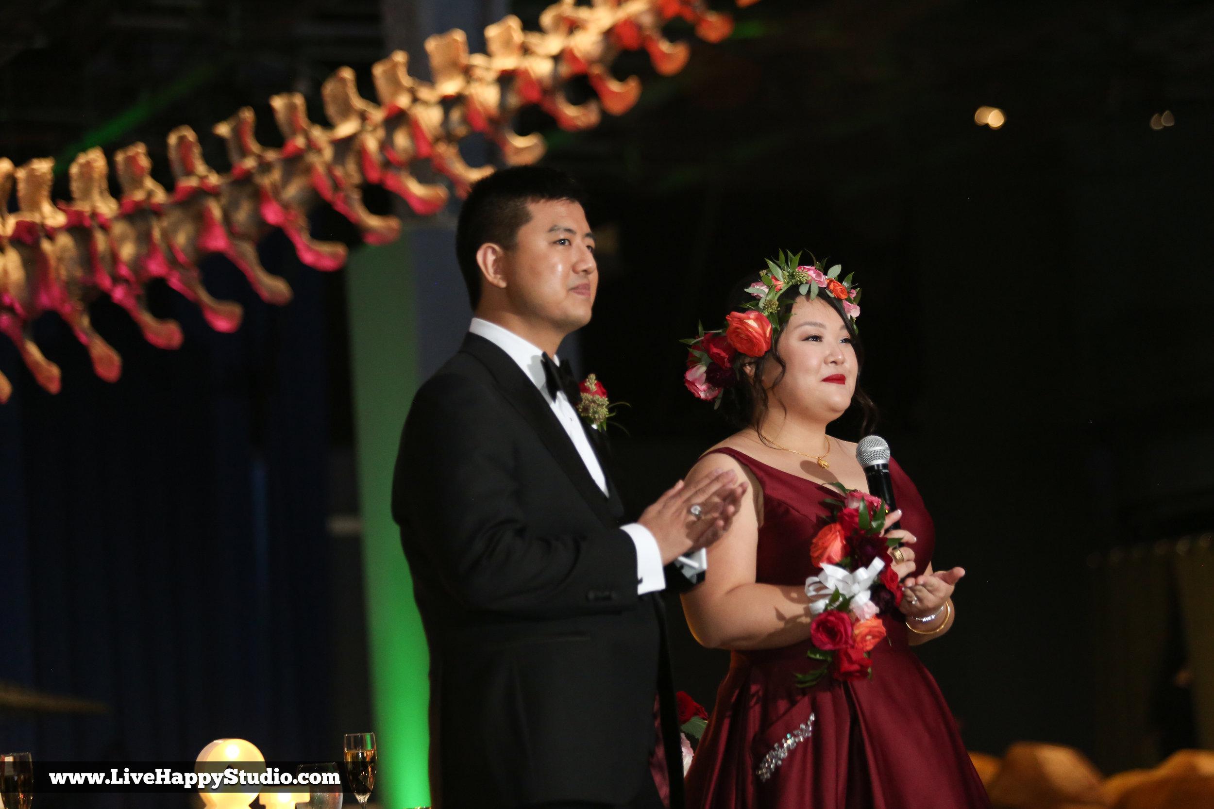 www.livehappystudio.com-orlando-science-center-museum-wedding-photography-photographer-candid-toast-reception25.jpg