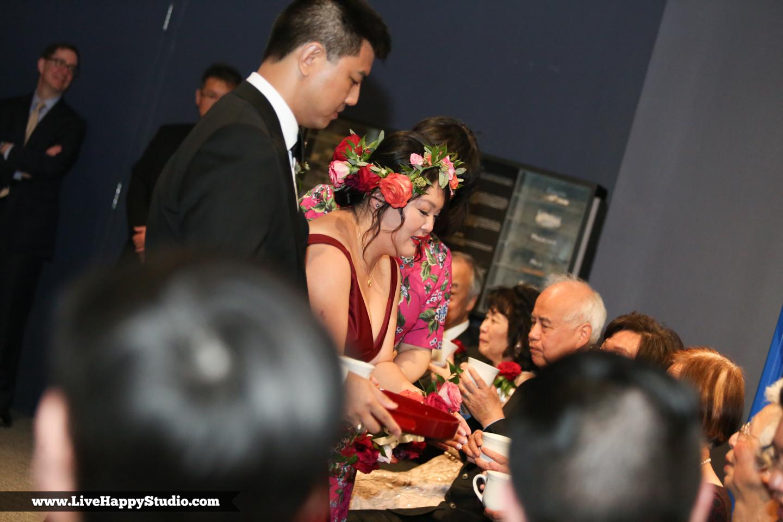 www.livehappystudio.com-orlando-science-center-museum-wedding-photography-photographer-candid-26.jpg