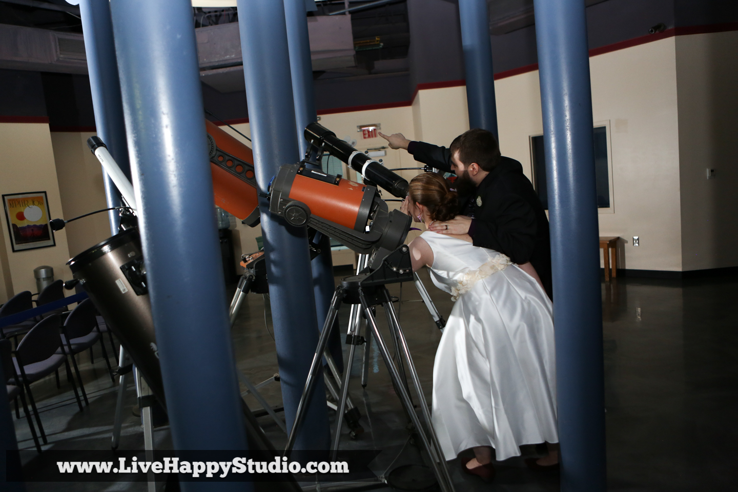 orlando-science-center-wedding-photography-live-happy-dino-digs-22.jpg