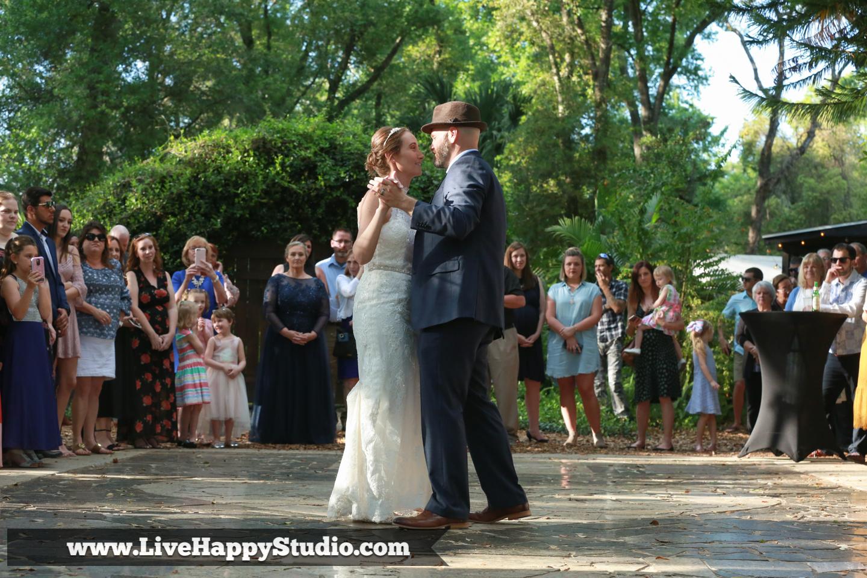 orlando-wedding-photography-harmony-gardens-rustic-outdoor-wedding-venue-deland-live-happy-studio-24.jpg