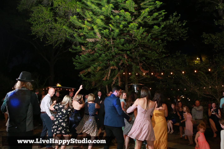 orlando-wedding-photography-harmony-gardens-rustic-outdoor-wedding-venue-deland-live-happy-studio-27.jpg