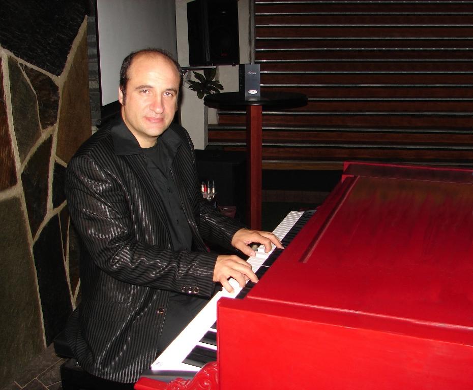 10-Maestro Masci in concert, Norway.jpg