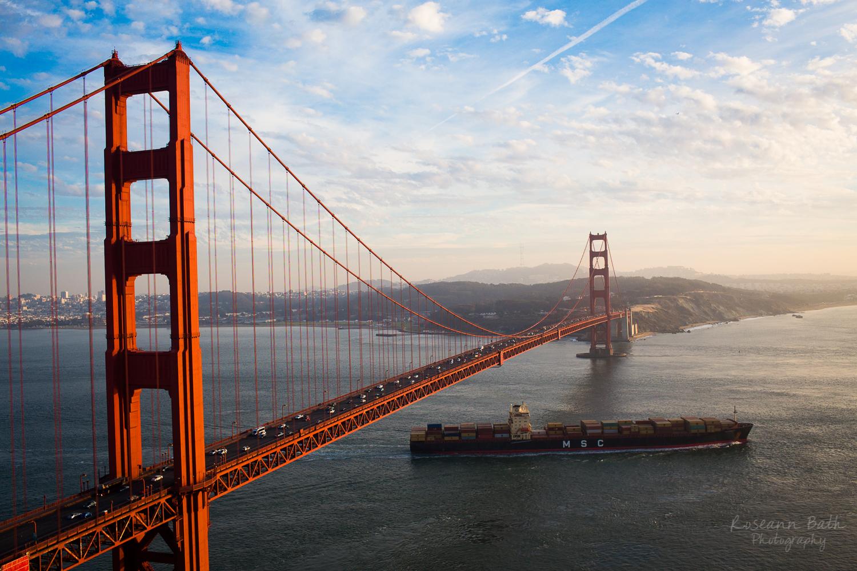 golden gate bridge container ship