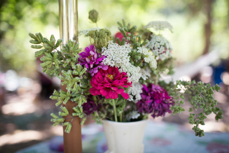 zinnia arrangement