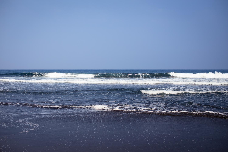 low tide at waipio valley beach big island hawaii