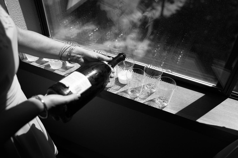champagne toast nevada city wedding photography