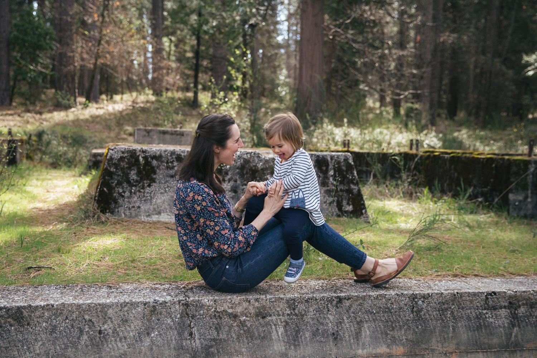 nevada-city-grass-valley-motherhood-photographer-1.jpg