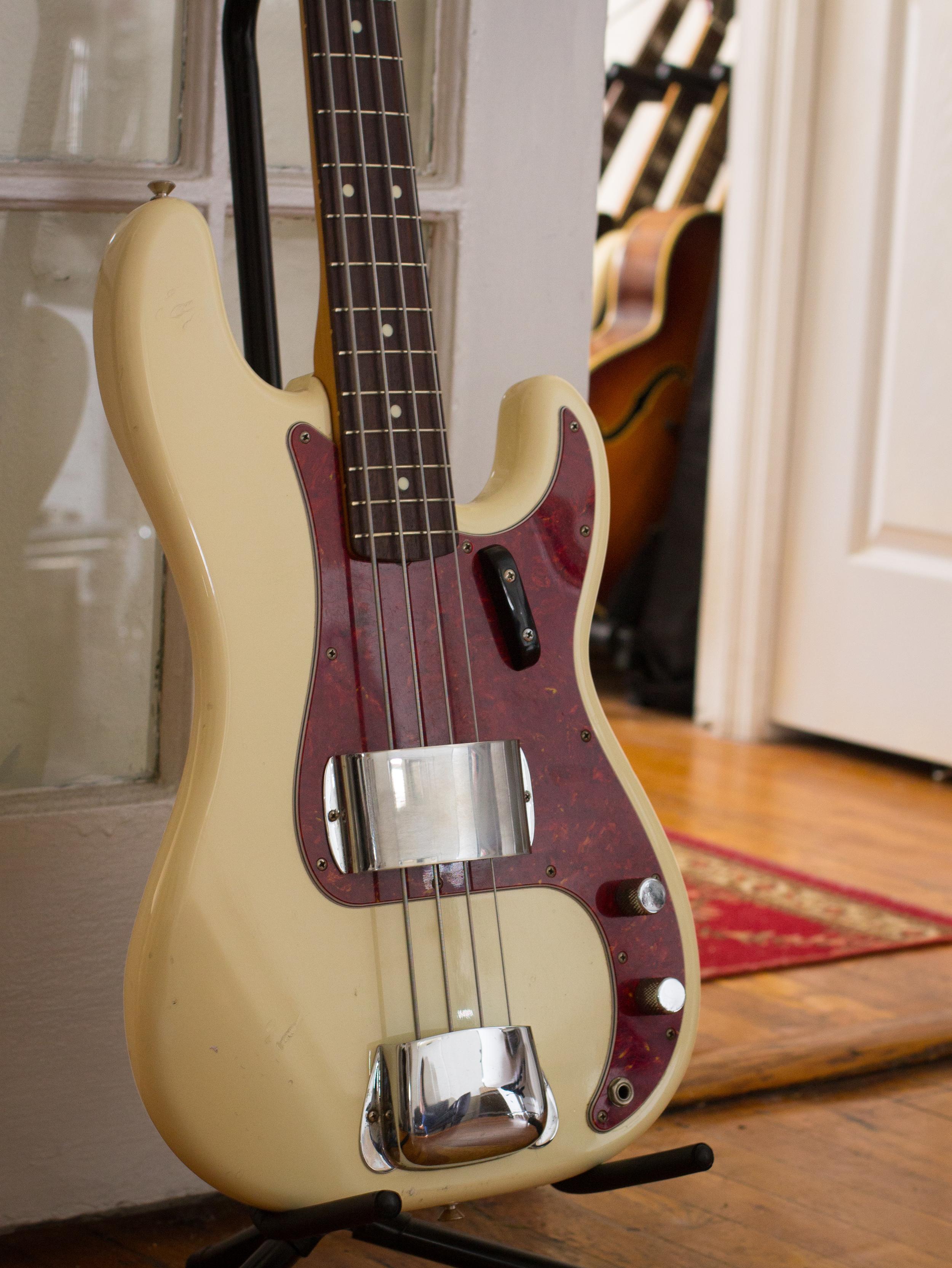 1989 Fender Precision Bass, '62 Reissue