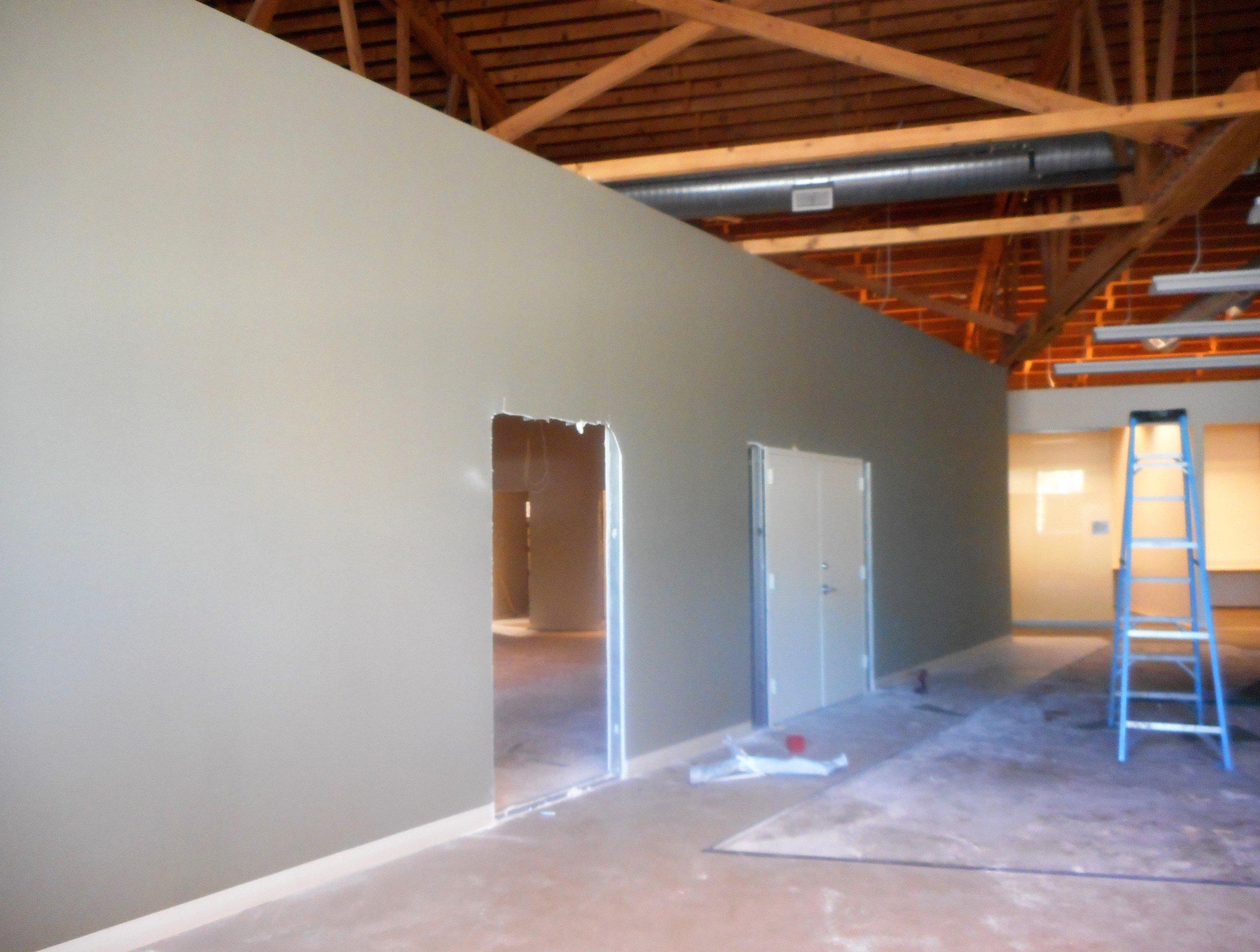Newbldg-walls2.jpg