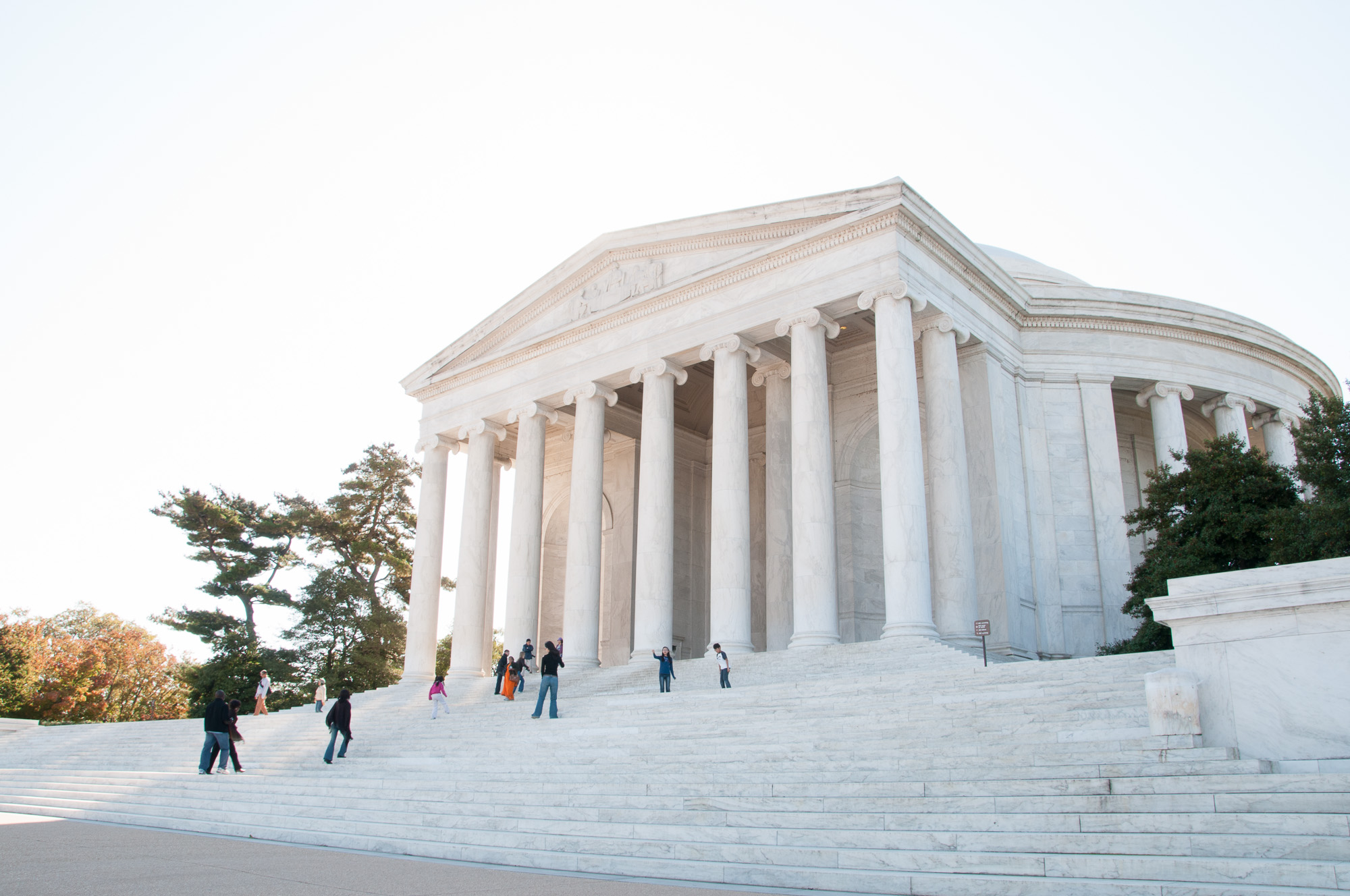 thomas-jefferson-memorial-image-1_THP.jpg