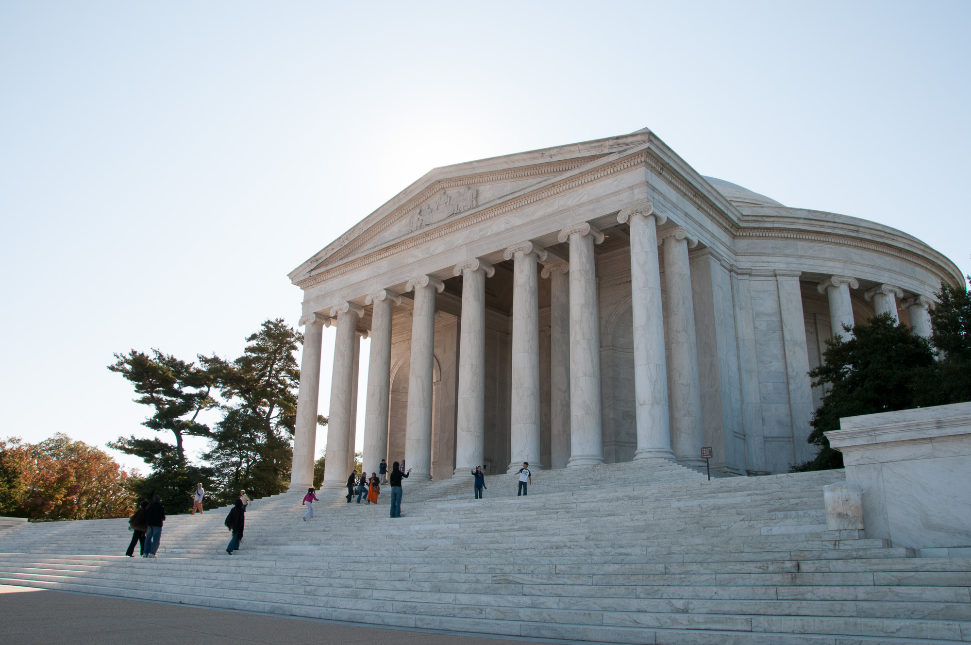 thomas-jefferson-memorial-image-3_THP.jpg