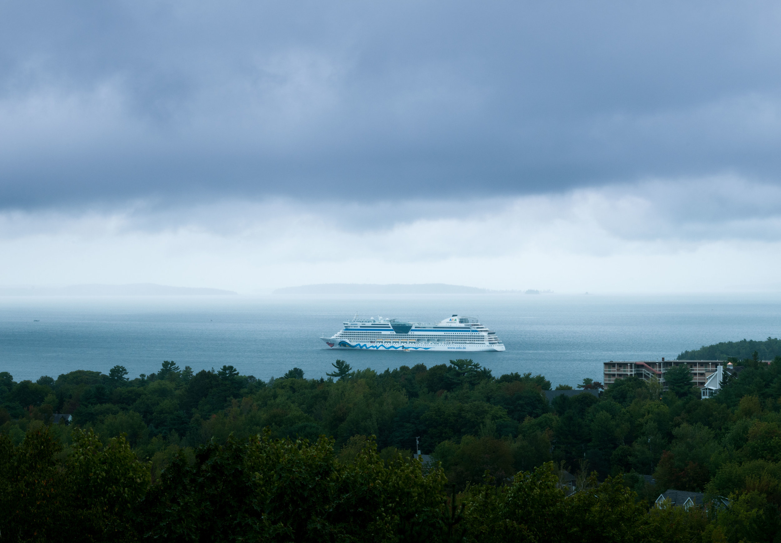 Panorama-Cruise-Ships-at-Bar-Harbor-Maine_part1_THP.jpg
