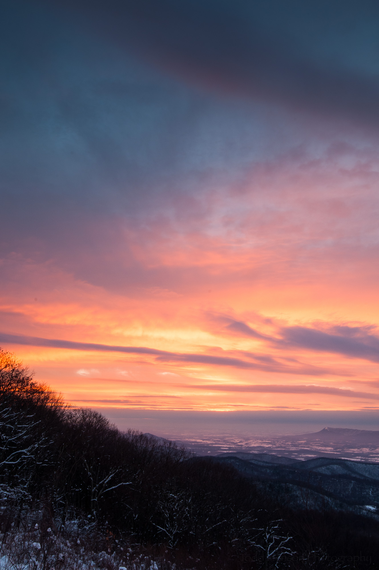 skyline-drive-sunset-1_THP.jpg