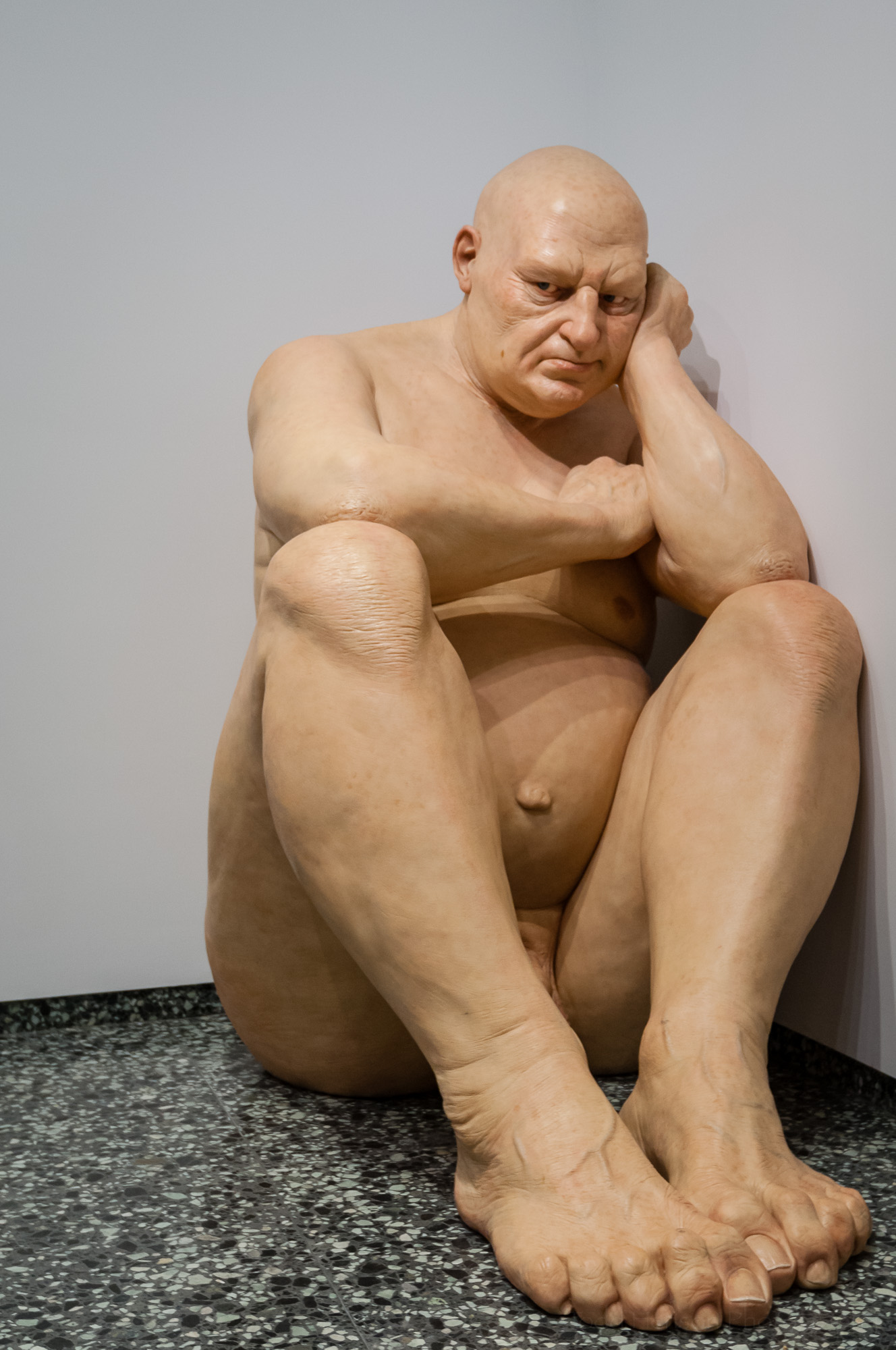 Untitled (Big Man) sculpture by Ron Meuck in the Smithsonian Hirshhorn Museum