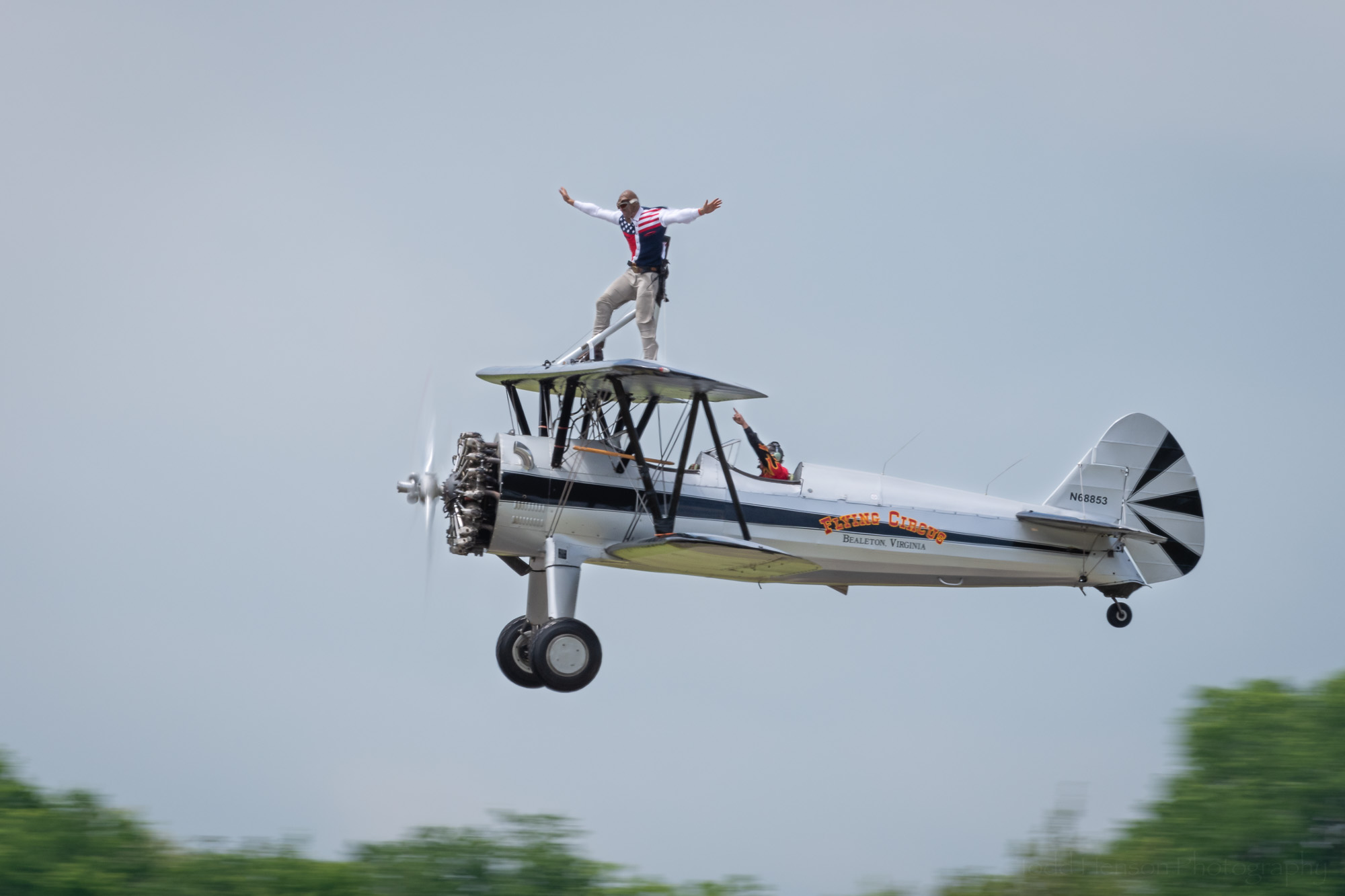 The Bealeton Flying Circus Wingwalkers