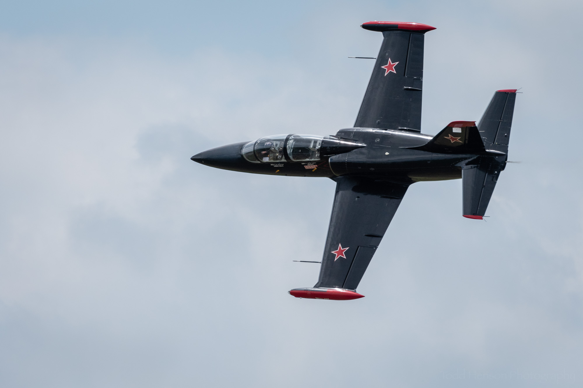 Art Nalls performing a flyby in his L-29 Albatross.
